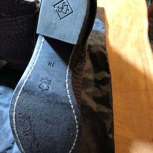 Donald J. Pliner Shoes - Donald J Pliner Leather booties